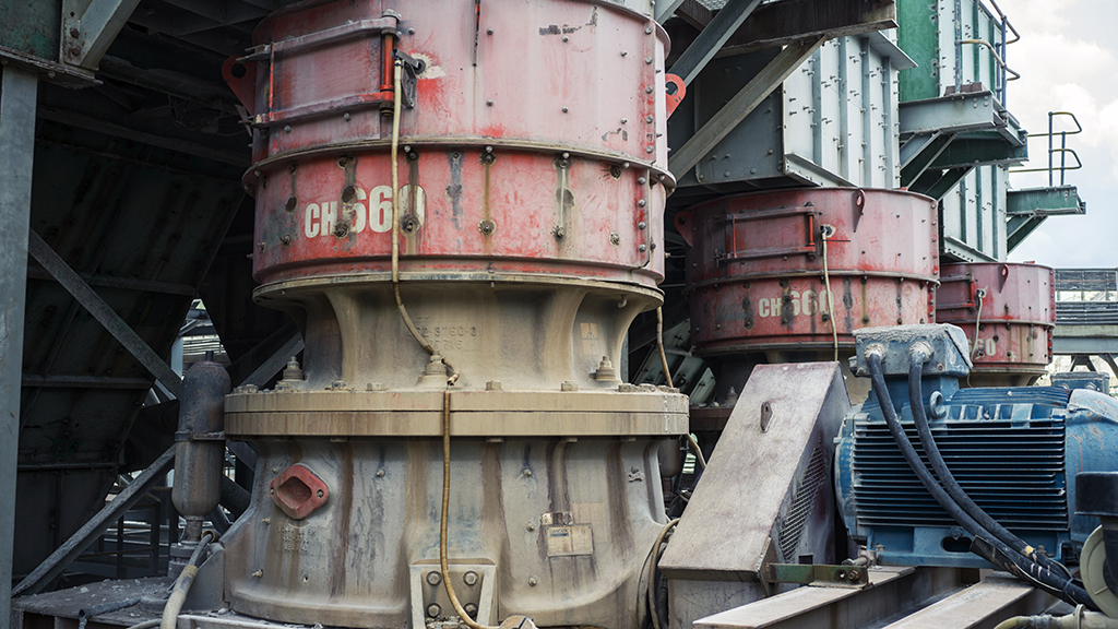 Tarkwa has relied on Sandvik crushers for more than 20 years, and the CIL plant today features six Sandvik CH660 tertiary crushers and two Sandvik CS660 secondary crushers.